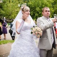 Weird and Wacky Wedding Fun Caught on Camera  (62 pics)