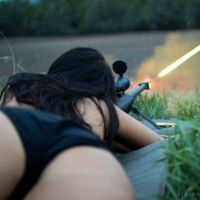 Hot Chicks with Guns Are Definitely a Killer Combination  (75 pics + 5 gifs)