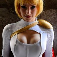 Enji Night Is One Sweet and Sexy Cosplay Girl  (35 pics)