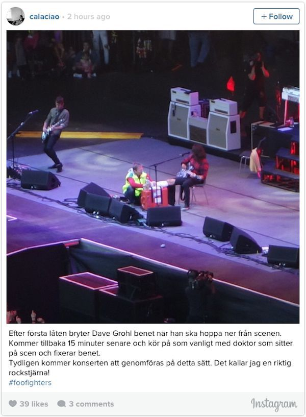 Dave Grohl Jams On Stage Even After Breaking His Leg